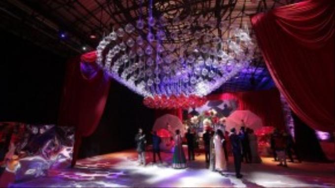 Tiệc cưới được tổ chức xa hoa với chi phí lên đến 14 triệu bảng Anh (tương đương 500 tỷ đồng Việt Nam).