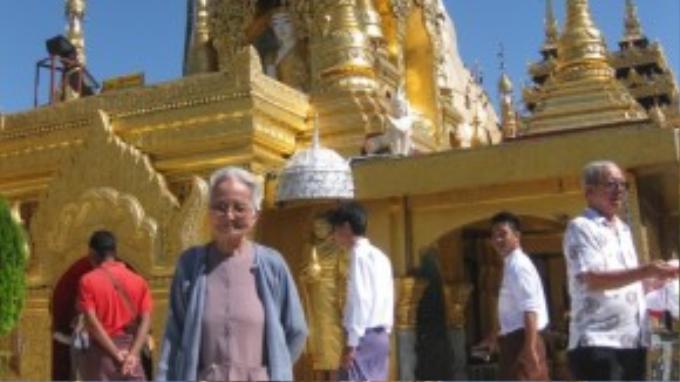 Chuyến đi này không phải lần đầu cụ Đây thực hiện một chuyến xa, trước đây cụ đã đến Myanma, Thái Lan, Malaysia…