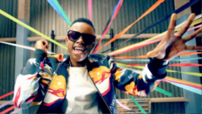 Ca khúc Watch Me (Whip/Nae Nae) làm lan tỏa trào lưu nhảy Nae Nae trên toàn thế giới.