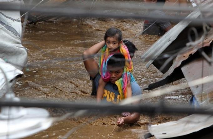 Những hình ảnh tang thương khi bão Tembin đổ bộ vào Philipines.