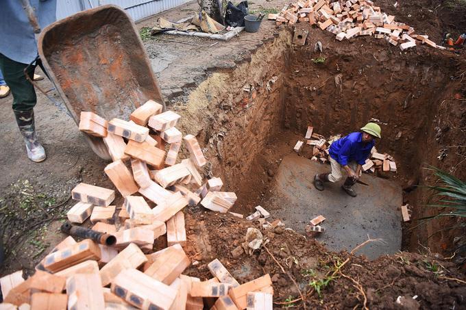 Các hố ga được đào sâu khoảng 3 m.
