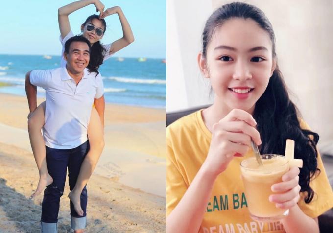 Thảo Linhlà con gái lớn của MC Quyền Linh và doanh nhân Dạ Thảo, hiện theo học một trường quốc tế. Ở tuổi 14, cô béthừa hưởng nhiều nét đẹp từ bố mẹ, cao gần 1,7m.