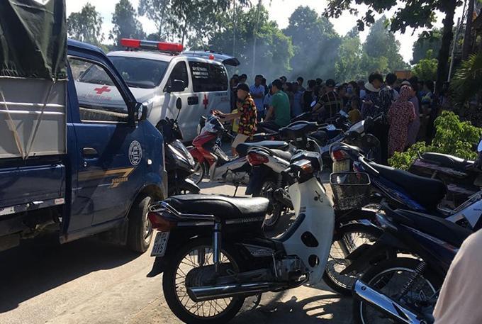 Nạn nhân được đưa đi cấp cứu nhưng đã tử vong. Ảnh: VTC News