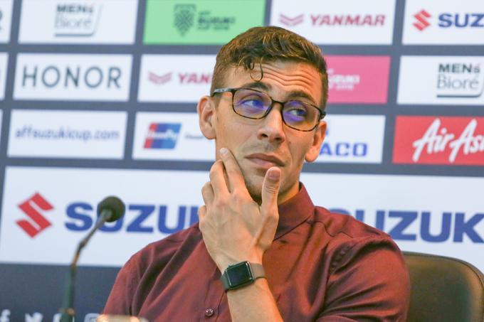 Theo bản tin thể thao hôm nay, HLV Felix Agustin Dalmas đang rất tự tin sau khi cùng U22 Campuchia lọt vào bán kết SEA Games 30.