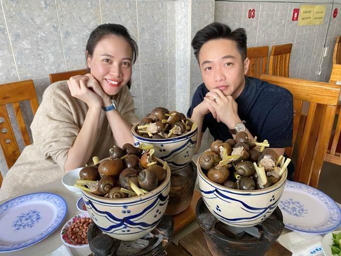 Cường Đô La–Đàm Thu Trang đã cùng nhau đónValentineở Đà Lạt. Đây là năm đầu tiên cả hai đón lễ tình nhân với tư cách vợ chồng