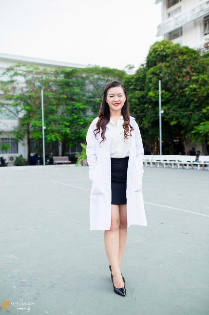Như Quỳnh chính là một trong số những sinh viên quyết định tình nguyện tham gia vào chiến dịch phòng chống dịch COVID-19 lần này. Ảnh: NVCC