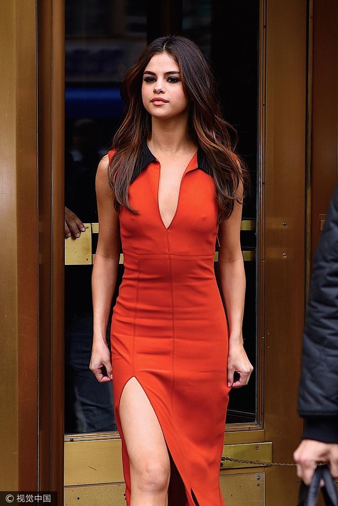 Với nhan sắc và vóc dáng hoàn mỹ, nhiều người cho rằng Selena và The Weeknd là một đôi trai tài gái sắc.