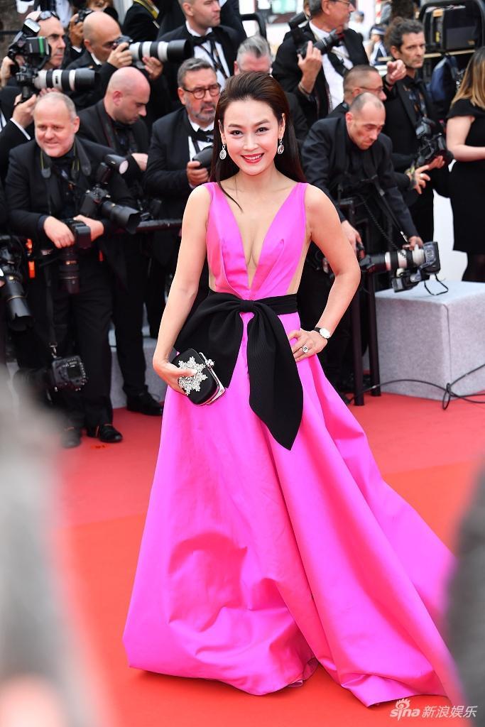 Thảm họa thảm đỏ đến từ Trung Quốc liên tục xuất hiện tại LHP Cannes 2019 ảnh 7