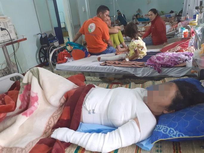 Chị Thanh đang được điều trị tại bệnh viện Đa khoa tỉnh Kon Tum . Ảnh báo Người Lao Động