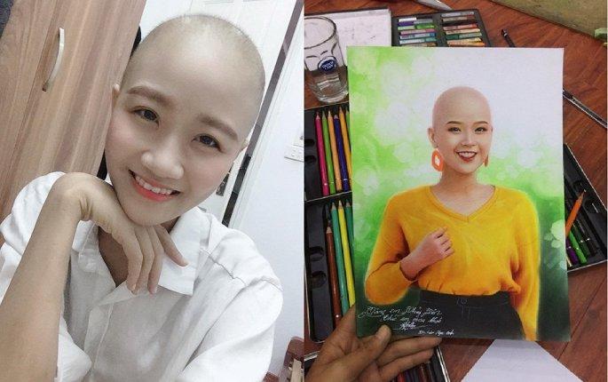 Nữ họa sĩ trẻ Tạ Lưu Ngọc Anh cùng bức chân dung vẽ Đặng Trần Thủy Tiên. (Ảnh: NVCC)