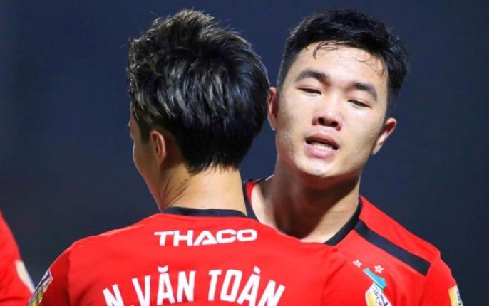 Văn Toàn và Xuân Trường tỏa sáng trong trận đấu với Hà Nội. (Ảnh của V.League)