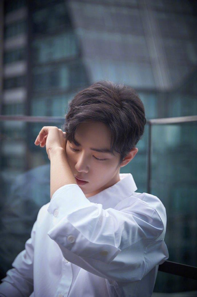 Fan-meeting Trần tình lệnh: Tiêu Chiến, Vương Nhất Bác cùng diện áo sơ-mi trắng chuẩn soái ca ảnh 18