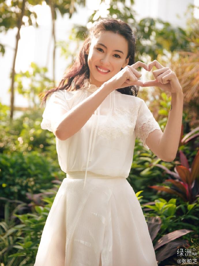 Trương Bá Chi chia sẻ hình ảnh ngày xuân tươi đẹp, mỉm cười trước ống kính ngọt ngào tựa tiên nữ ảnh 11