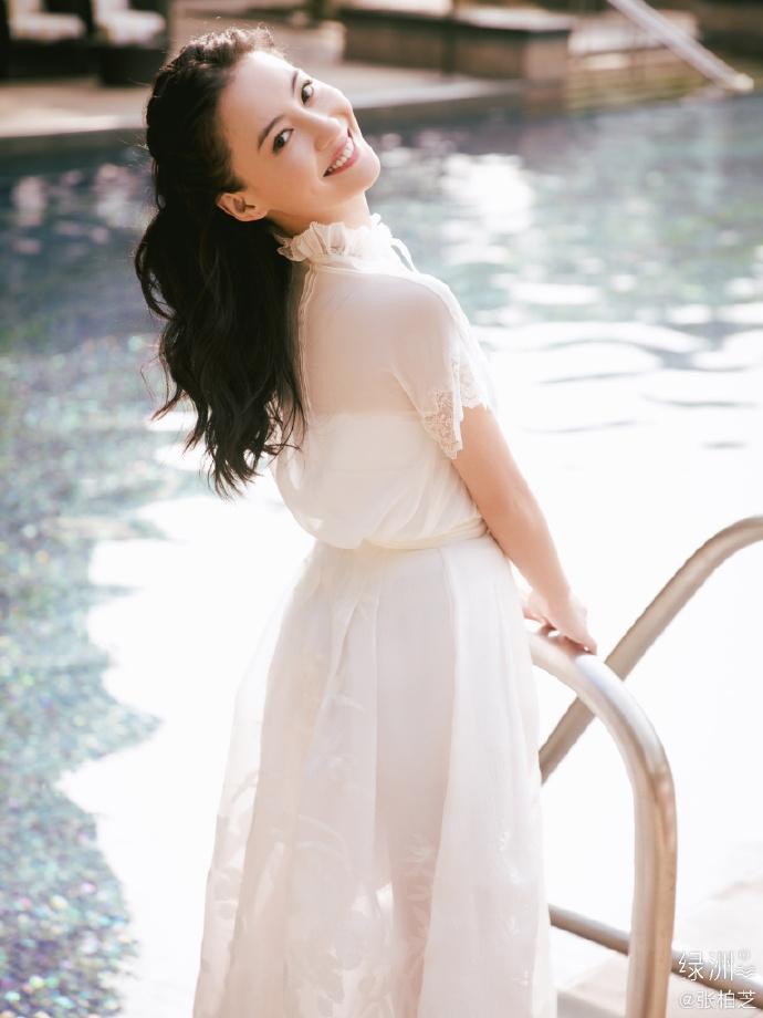 Trương Bá Chi chia sẻ hình ảnh ngày xuân tươi đẹp, mỉm cười trước ống kính ngọt ngào tựa tiên nữ ảnh 9
