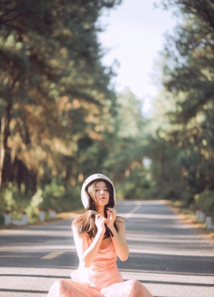 Nữ sinh dậy thì thành công: Xinh đẹp cực phẩm không hổ danh nữ thần thế hệ 10X ảnh 17