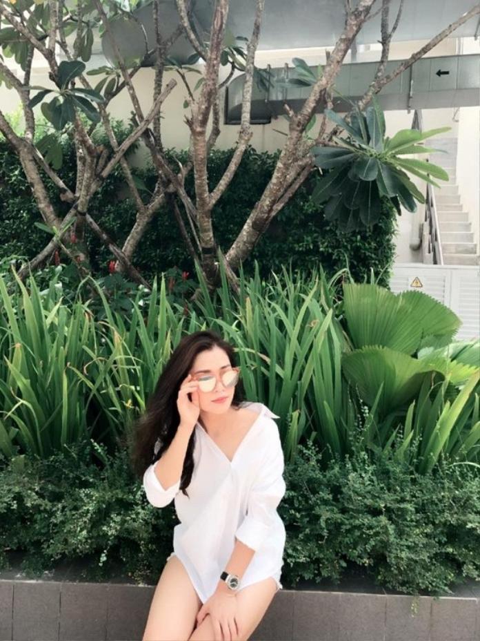 Không thể phủ nhận, dù đã gần 40 tuổi, nhan sắc chị gái Chi Pu vẫn rất đáng ngưỡng mộ.