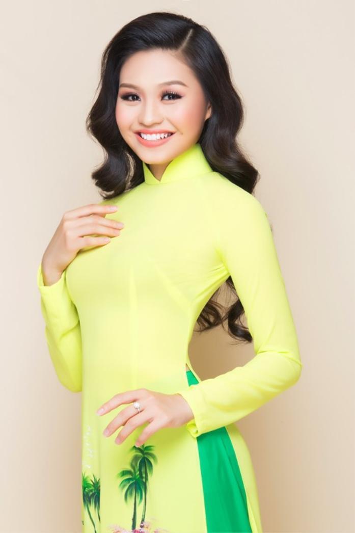 Lê Lộc mang nhiều nét đẹp của mẹ Lê Giang.