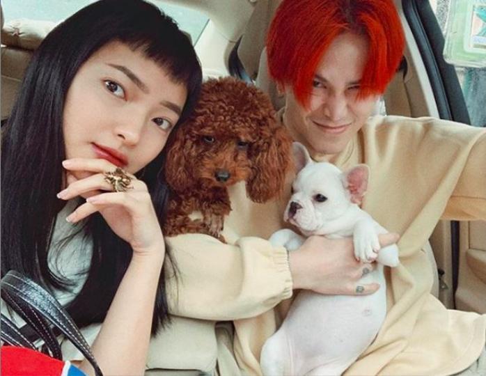 Cả hai còn sở hữu một thương hiệu thời trang riêng tại Hà Nội rất nổi tiếng trong giới trẻ.