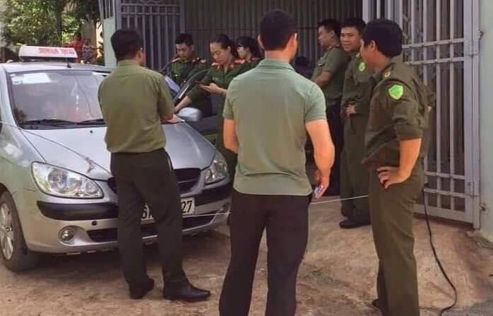 Lực lượng chức năng tại hiện trường vụ việc