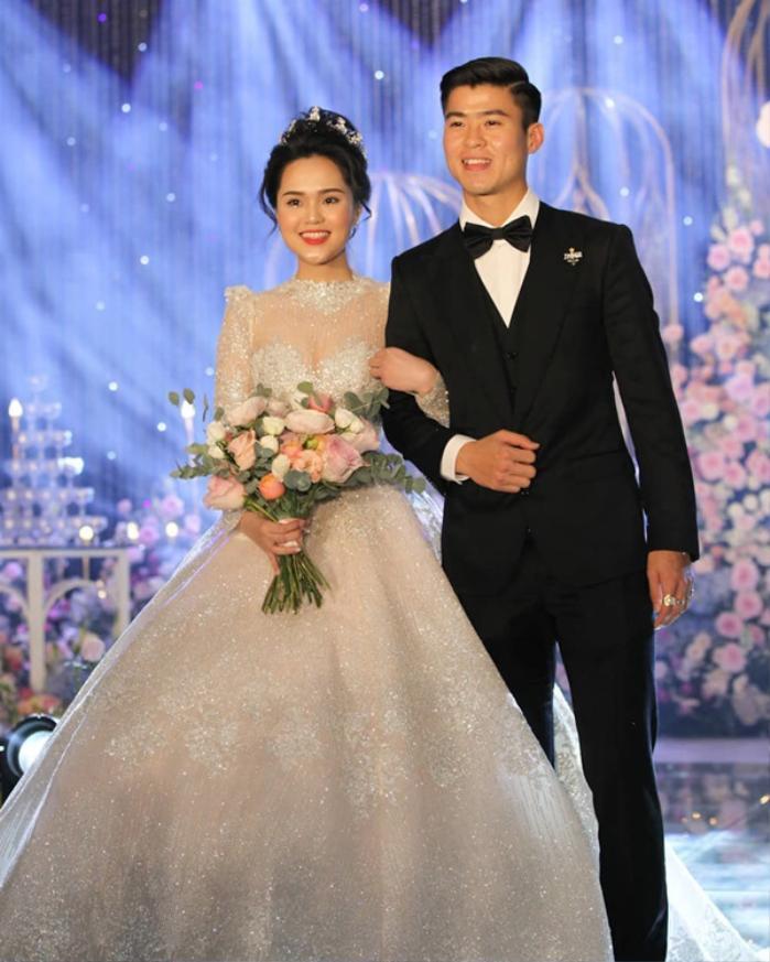 Váy cưới của các nàng Wags Việt: Duy Mạnh - Quỳnh Anh