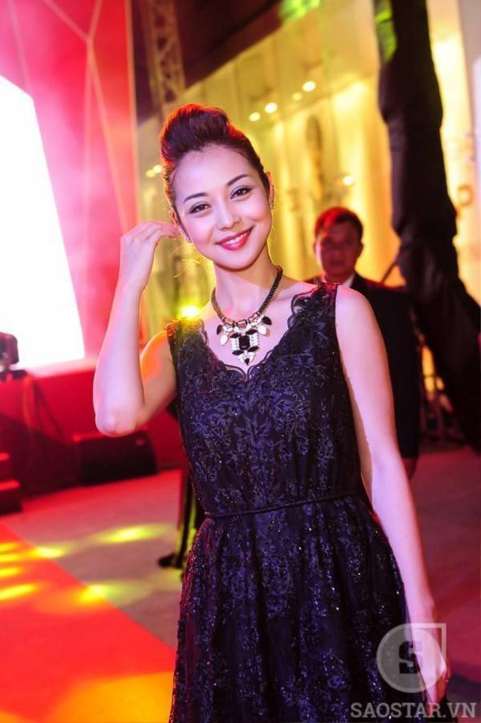 Hoa hậu Jennifer Phạm.