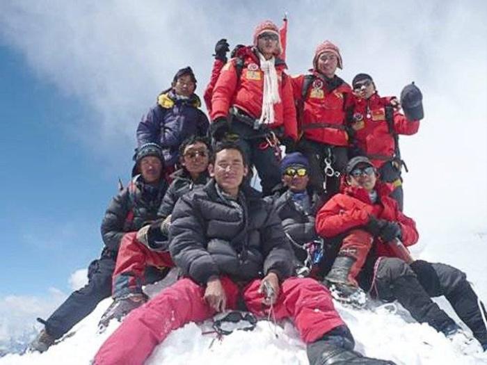 bPhan Thanh Nhien_Everest (1)