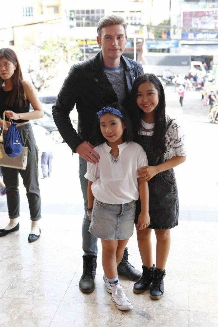 Kyo York và các bé_2
