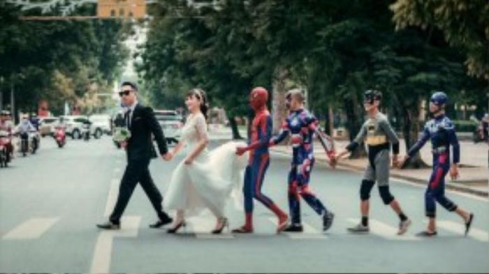 Đám rước dâu vui nhộn với batman, spider man, iron man…