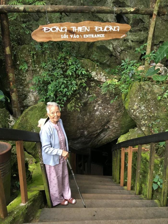 Cụ bà 92 tuổi và những hành trình không tưởng ảnh 8