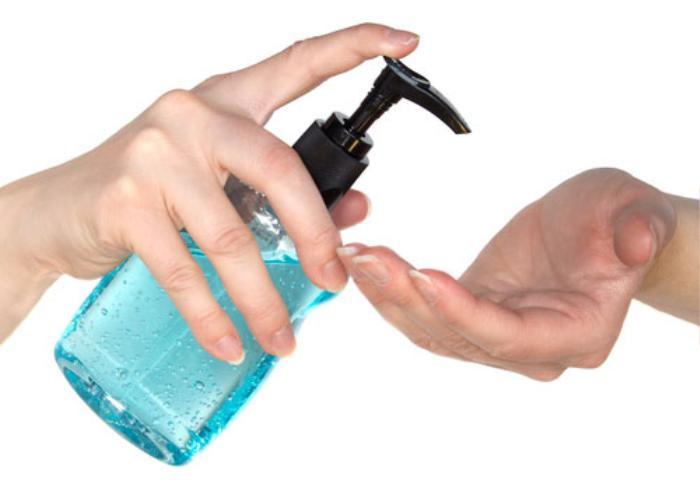 Hạn chế đôi tay tiếp xúc hóa chất