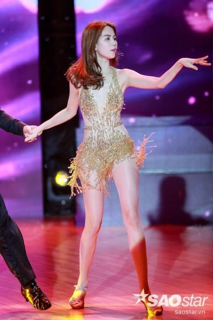 Ngọc Trinh hé lộ bộ trang phục quyến rũ mà cô sẽ diện trong đêm chung kết.