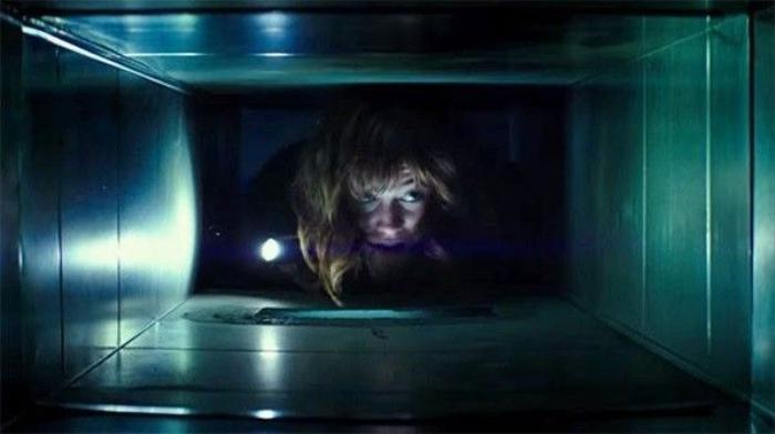 Qua lối kể chuyện đầy kịch tính, đạo diễn Dan Trachtenberg khiến phim hấp dẫn trên từng khung hình.