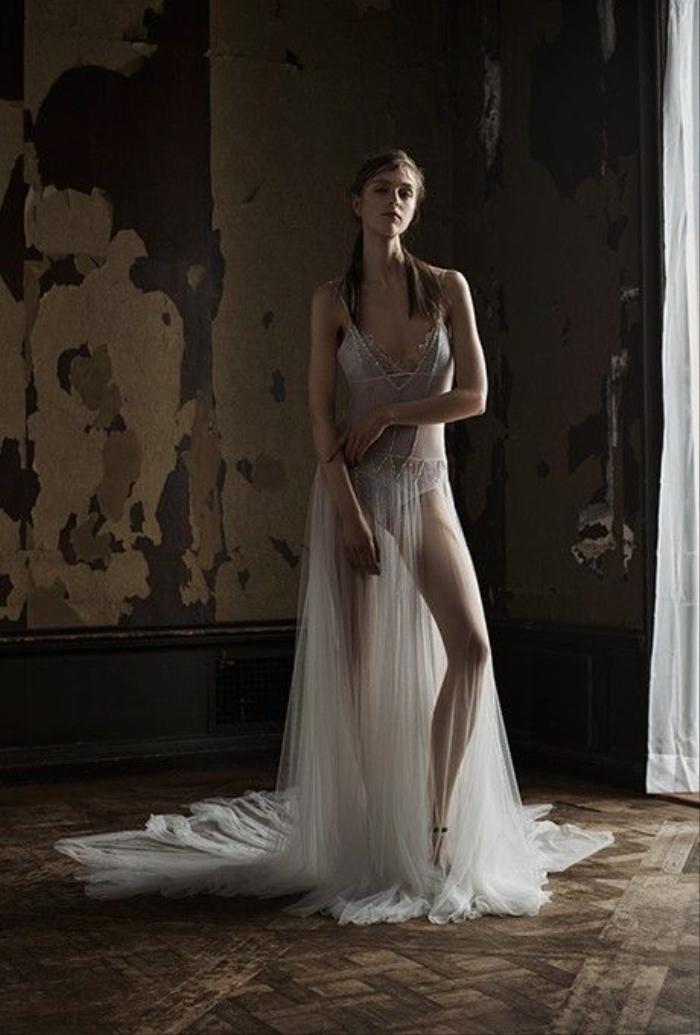 Bộ sưu tập áo cưới Vera Wang Xuân 2016.