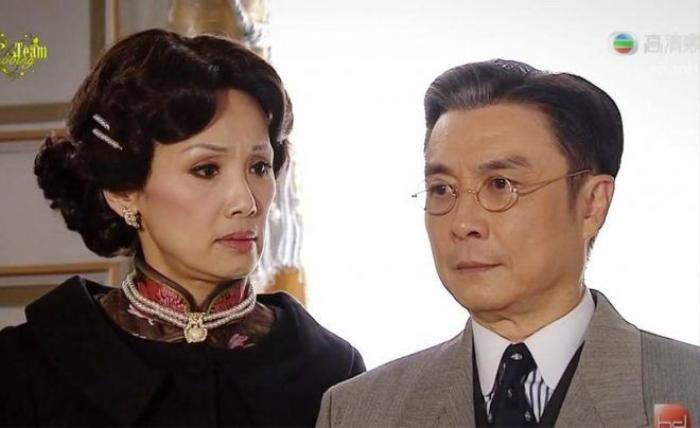 Vợ cả của Chung Trác Vạn là người phụ nữ hiểu chuyện biết vun vén gia đình