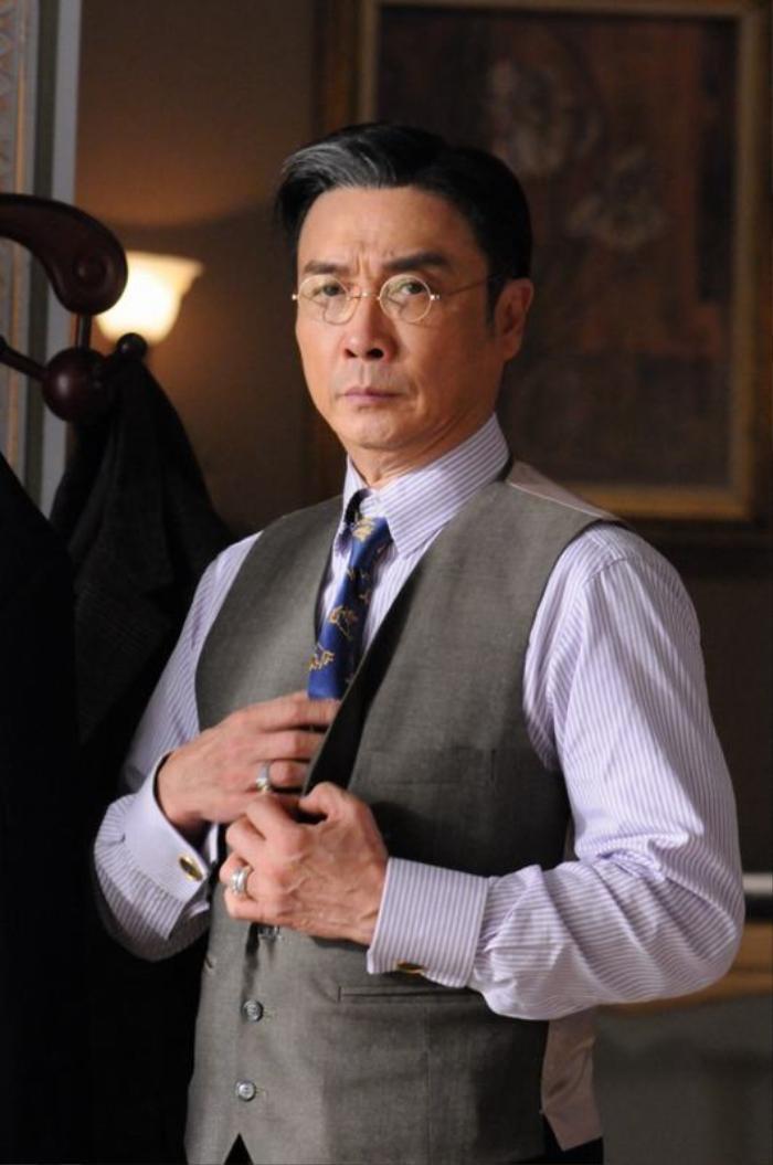Luật sư Chung Trác Vạn ở trong phim.