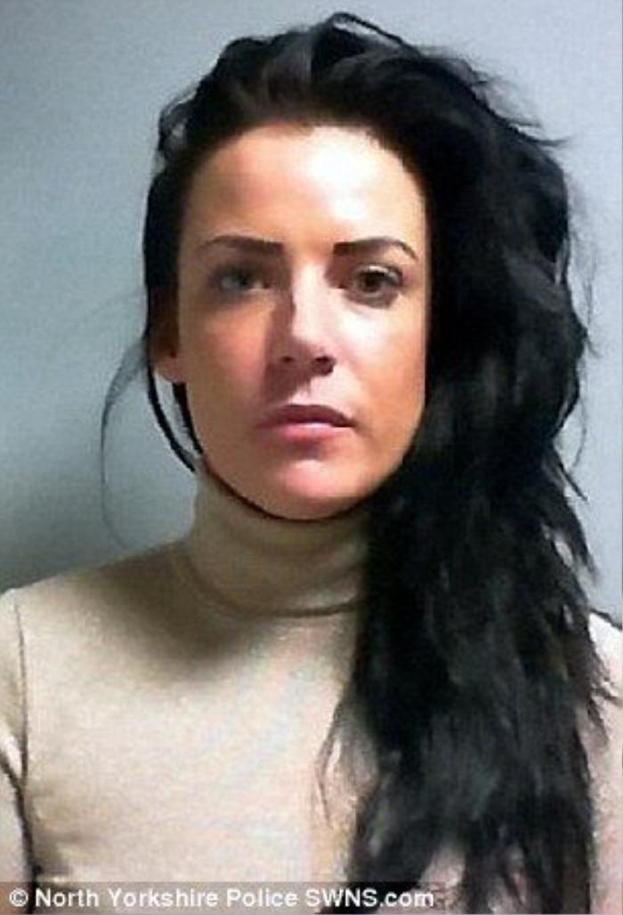 Cunningham, 30 tuổi phải nhận án tù 2 năm rưỡi cho hành vi gây thương tích với bạn trai