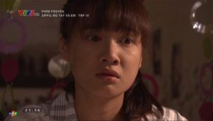 Lam ngỡ ngàng khi hay tin Huy sắp đi du học vì anh không nói gì với cô về điều này.