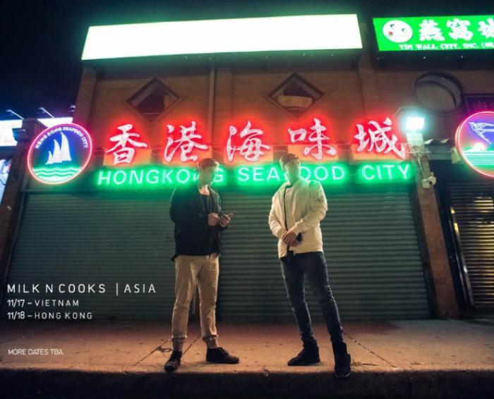 Bộ đôi cũng thông báo lịch diễn tại Việt Nam trên trang chính thức từ rất sớm khiến các fan vô cùng hào hứng