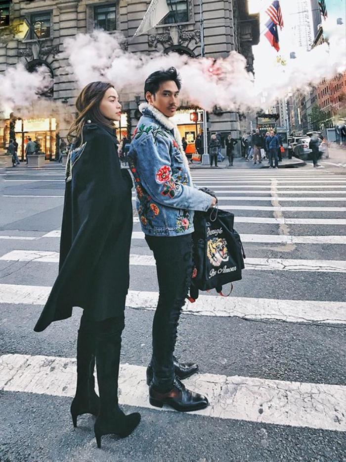 Cô và Lý Quí Khánh luôn đồng hành cùng nhau trong chuyến đi.