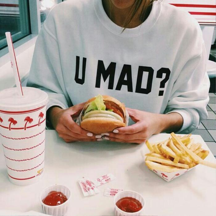 fast-food-food-girl-hamburger-favim-com-3137594
