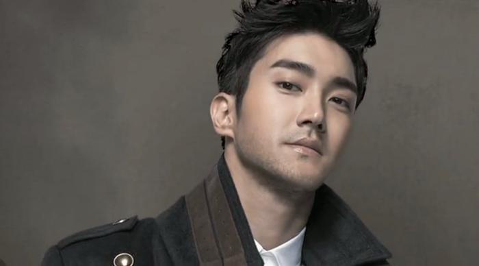 """""""Thỏi nam châm"""" hút fan của Super Junior cũng sẽ mừng sinh nhật lần thứ 30 trong năm nay. Các fan thực sự hy vọng vào một 2017 trở lại mạnh mẽ của nhómsau 2016 mờ nhạt. Riêng về Choi Siwon, người hâm mộ còn chờ đợi anh tiếp tục trổ tài ở nhiều lĩnh vực, không chỉ là ca hát."""