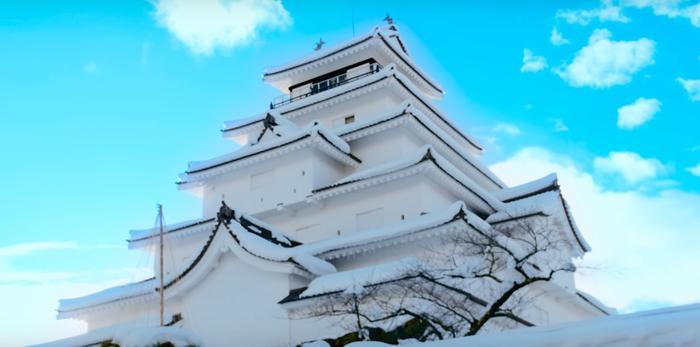 Xen lẫn loạt cảnh quay đẹp ở Nhật Bản…