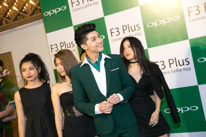 Noo Phước Thịnh, Tóc Tiên dẫn học trò The Voice đi dự sự kiện cùng Hồ Ngọc Hà ảnh 3