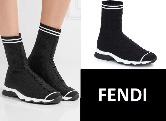 """Dĩ nhiên, """"Knitted Sneaker"""" sẽ được xếp vào vị trí """"hạng sang"""" với giá 790 euro, tức là bạn cần bỏ ra gần 20 triệu để tậu item này."""
