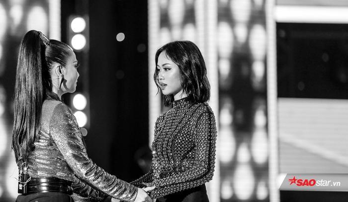 """Thu Minh đã chia tay Mỹ Linh khi học trò thể hiện ca khúc Treasure cùng Đào Tín trước khi quyết định trao cơ hội đi tiếp ở vòng """"cứu""""."""