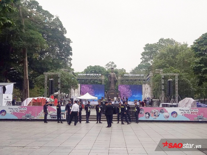 Lộ diện sân khấu đêm nhạc có EXID: Bài toán khó cho 1 nhóm nhạc sexy?