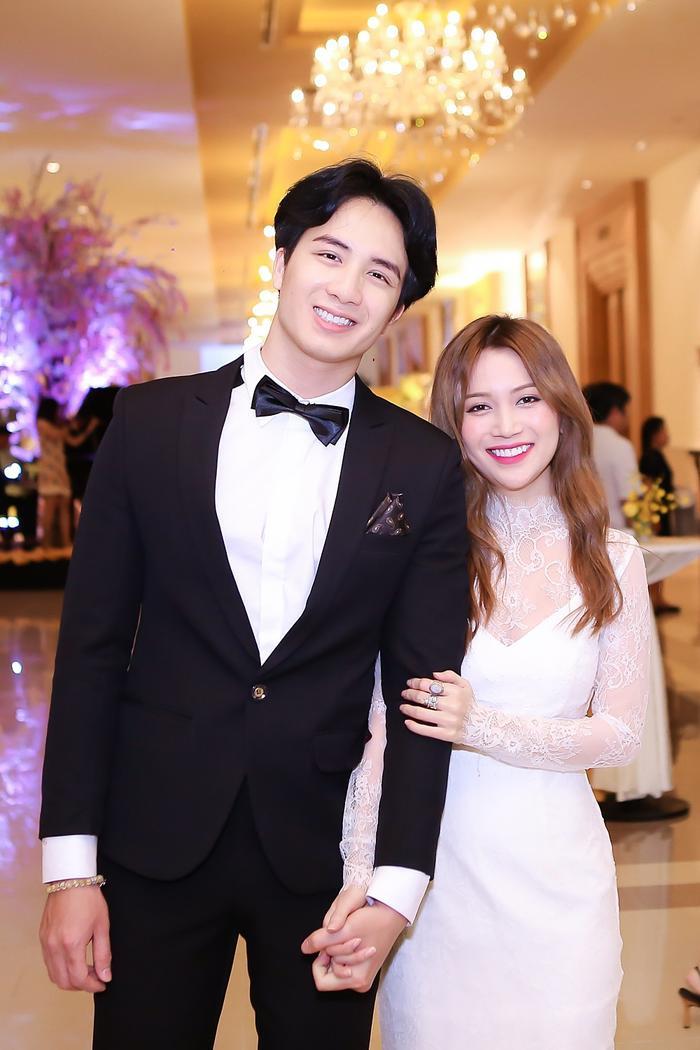 Sau MV I Need Your Love, Sĩ Thanh đang bắt tay cùng với nhạc sĩ Đỗ Hiếu và sẽ cho ra mắt sản phẩm vào dịp hè 2017.