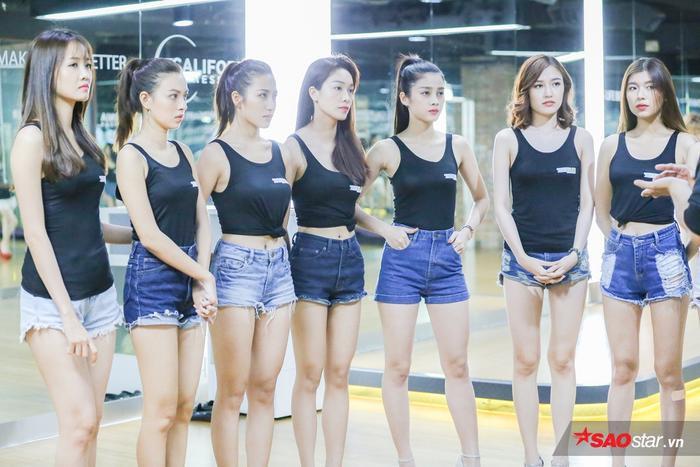 Để chuẩn bị cho những thử thách cam go của The Face, những cô gái xinh đẹp của chương trình đã có những buổi tập luyện với cường độ cao trong thời gian vừa qua.