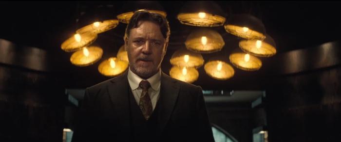 Russell Crowe trong vai Dr. Jekyll mang đến cho bộ phim những khoảnh khắc nghẹt thở