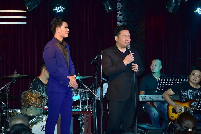 Với chất giọng Huế ngọt ngào, Quang Lê đem đến nhiều bất ngờ thú vị cho chương trình với vai trò MC.